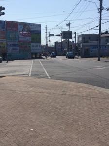 1.浜松北高東交差点を南へ進む